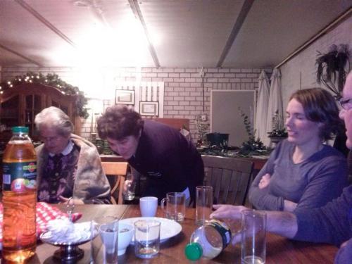 Bloemschikken Kerststuk 2013 (5)